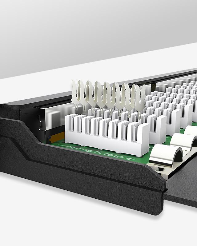 0.5U24口-屏蔽防尘网络配线架